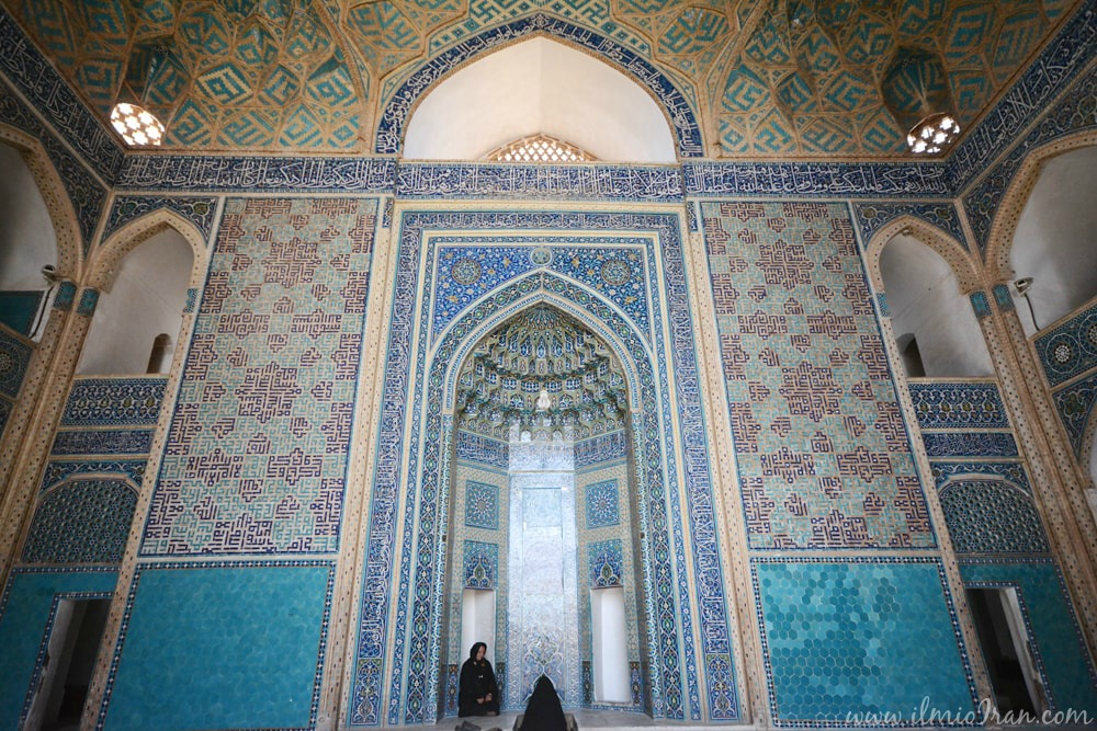 L'interno della grande moschea di Yazd