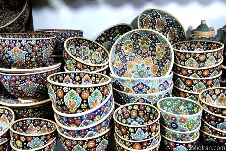 Cosa comprare in Iran, una guida allo shopping di souvenir persiani